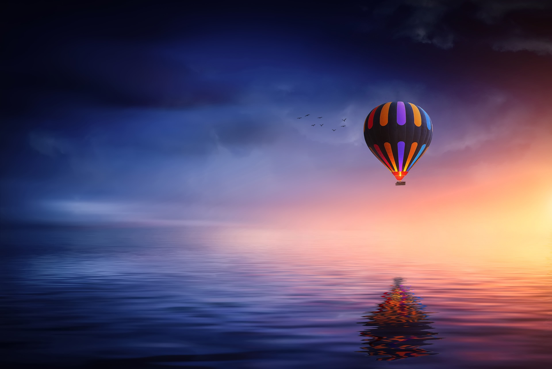 parachoute-laura-s-meeks-slider-background-balloon